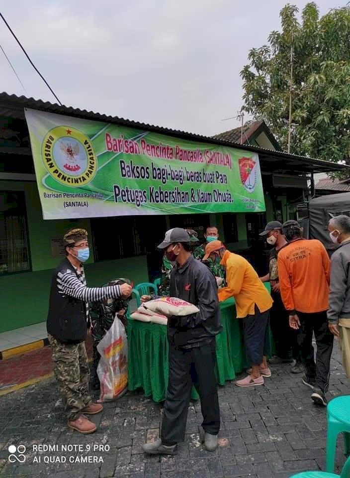 Barisan Pencinta Pancasila (SANTALA)  Kembali Baksos Bagi-bagi Beras Buat Wong Cilik